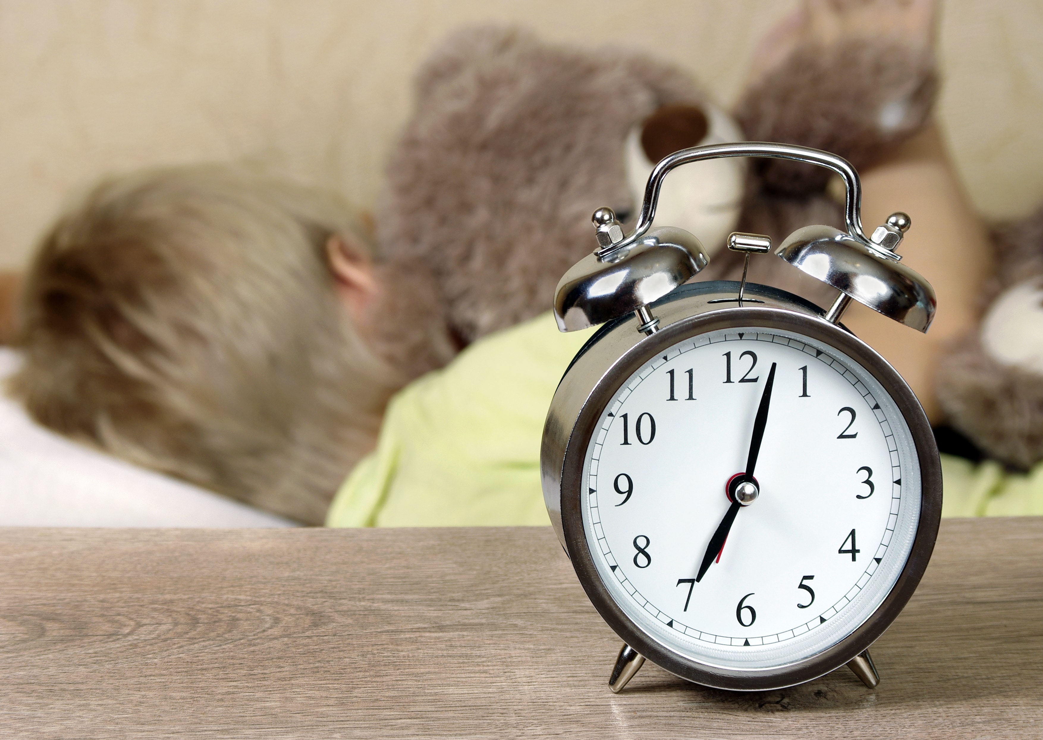 How to Prevent Bedtime Disaster with Daylight Savings Time